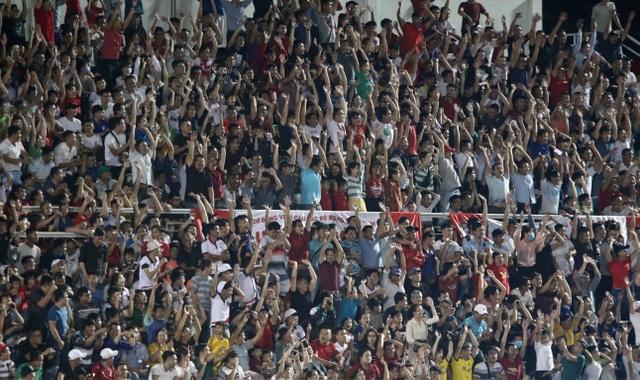 Lần đầu tiên sau 7 năm, sân Thống Nhất chật kín khán giả ở V-League - 10