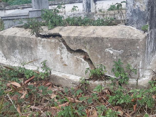 Gần 100 ngôi mộ liệt sĩ bị sụt lún, nứt nẻ: Chạnh lòng niềm tri ân! - 4