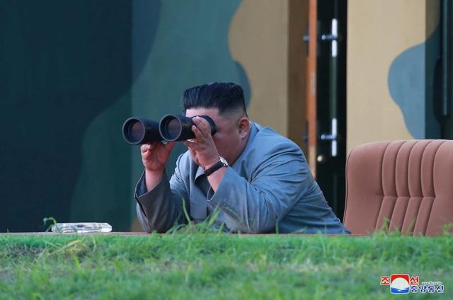 Tổng thống Trump: Ông Kim Jong-un không cảnh cáo Mỹ khi phóng tên lửa - 1