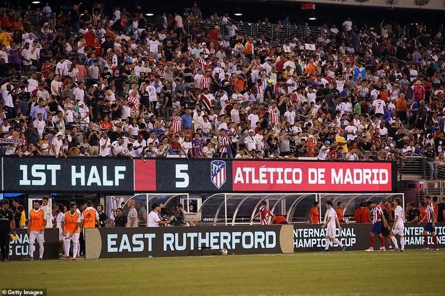 Real Madrid 3-7 Atletico: Nỗi thất vọng của HLV Zidane - 5