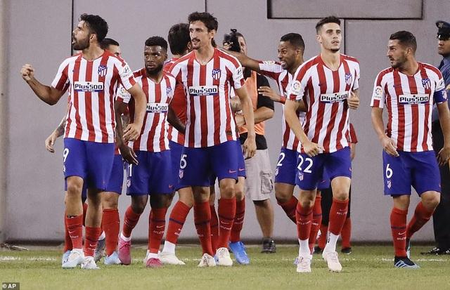 Real Madrid 3-7 Atletico: Nỗi thất vọng của HLV Zidane - 1