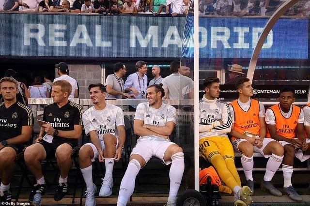 Real Madrid 3-7 Atletico: Nỗi thất vọng của HLV Zidane - 7
