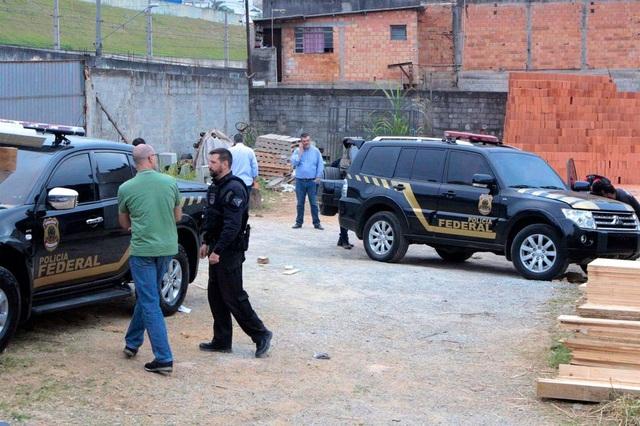 Vụ cướp chấn động ở Brazil: 720 kg vàng biến mất chỉ trong vòng 3 phút tại sân bay - 1