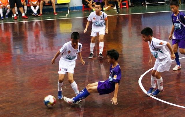 Xác định các cặp đấu tứ kết giải bóng đá Nhi đồng toàn quốc - 1