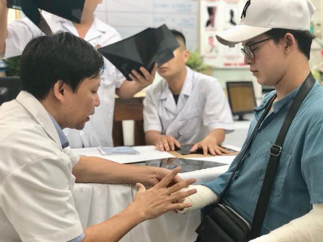 Sao Việt gắng gượng tìm sự cân bằng sau hôn nhân tan vỡ - 11