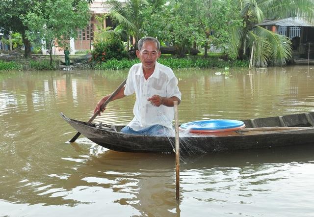 Thương binh cụt hai chân vẫn thoăn thoắt trèo dừa, bơi sông - 4