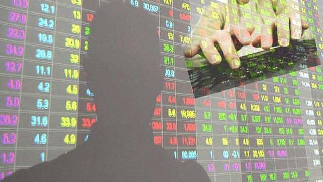 """Thao túng cổ phiếu bị """"sờ gáy"""", nộp lại hơn 3 tỷ đồng - 1"""