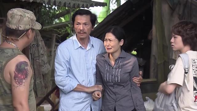 """""""Về nhà đi con"""": Tranh cãi quyết liệt chuyện Dương bị ăn mắng vì tỏ tình thay bố - 1"""