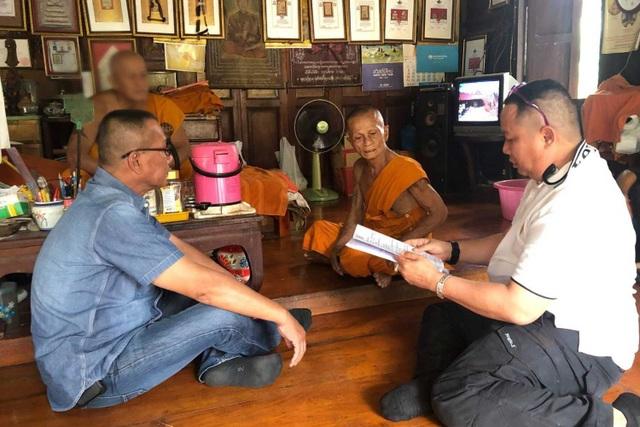 Nha su Thai Lan 81 tuoi bi bat vi nghi tung cuong hiep be gai 13 tuoi