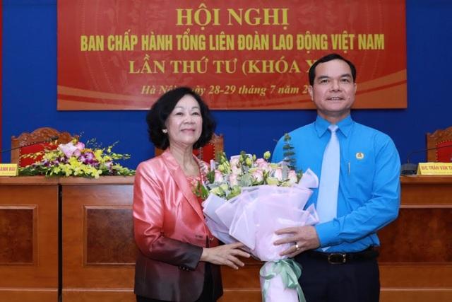 Ông Nguyễn Đình Khang được bầu làm Chủ tịch Tổng Liên đoàn lao động Việt Nam - 1