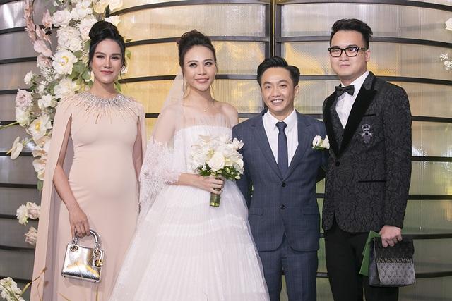 Choáng với dàn siêu xe đến dự đám cưới Cường Đôla và Đàm Thu Trang - 16