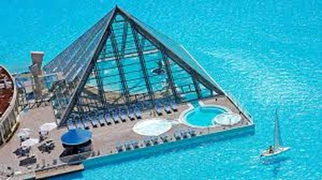 Khám phá bể bơi rộng nhất thế giới đi thuyền buồm để vượt qua - 3