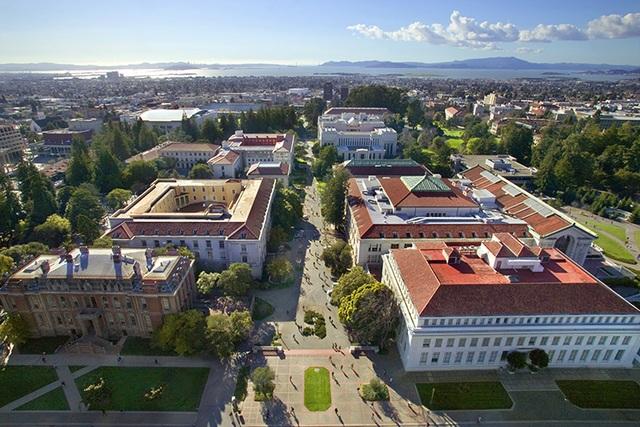 Đại học danh tiếng Mỹ bị xóa khỏi bảng xếp hạng vì sai lệch dữ liệu - 1