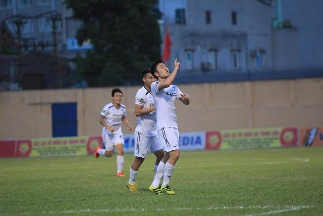 HA Gia Lai thắng SHB Đà Nẵng bằng đội hình không cần ngoại binh - 2