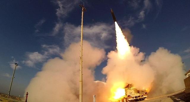 """Israel tung video thử """"lá chắn thép"""" thách thức tên lửa đạn đạo Iran - 1"""
