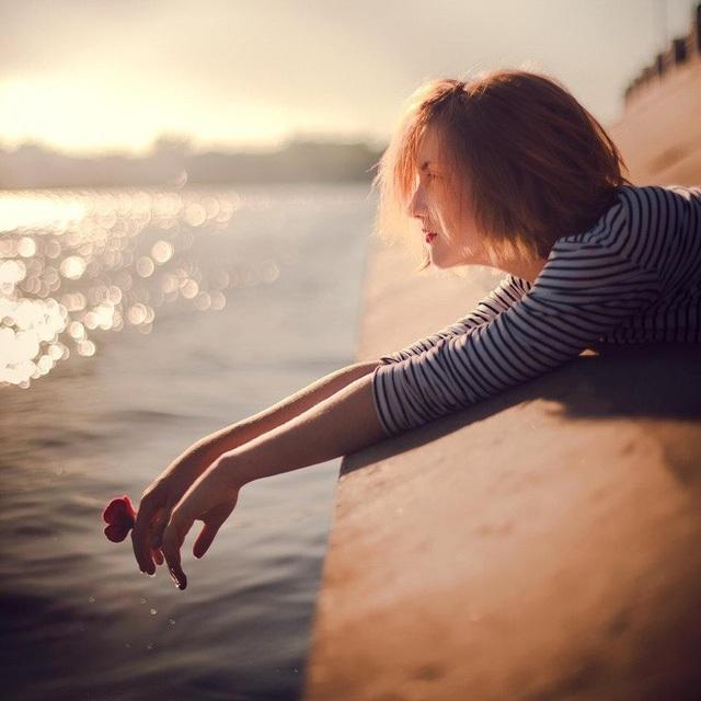 """18 điều giúp chị em  phụ nữ bước qua cảm xúc tiêu cực """"chán đời"""" - 1"""
