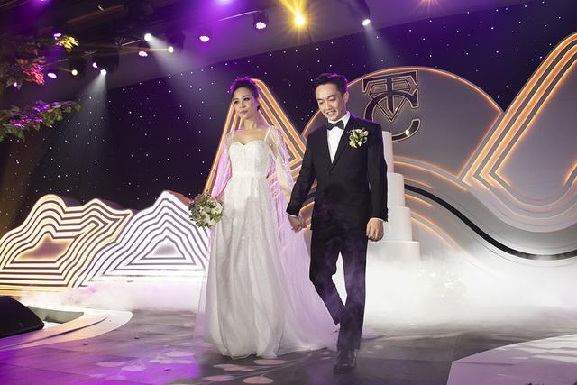 Top 3 đám cưới hào nhoáng nhất showbiz Việt năm 2019 - 2