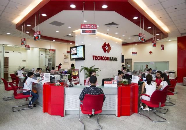 6 tháng đầu năm, lợi nhuận của Techcombank đạt kỷ lục 5,7 nghìn tỷ đồng - 1