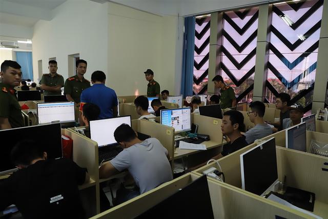 Bộ Công an thông tin vụ bắt 380 người Trung Quốc trong đường dây đánh bạc khủng - 1