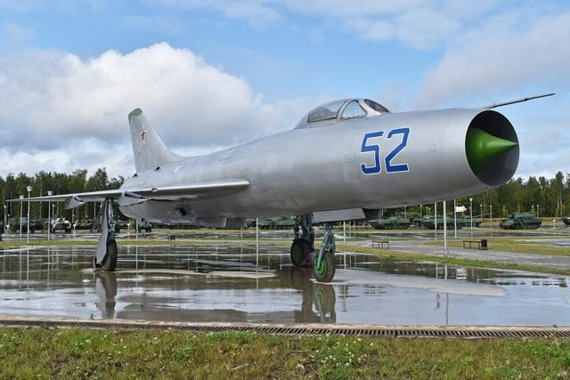 """80 năm kiến tạo những """"huyền thoại"""" bầu trời của tập đoàn Sukhoi  - 3"""