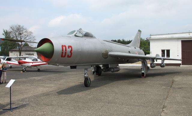 """80 năm kiến tạo những """"huyền thoại"""" bầu trời của tập đoàn Sukhoi  - 2"""