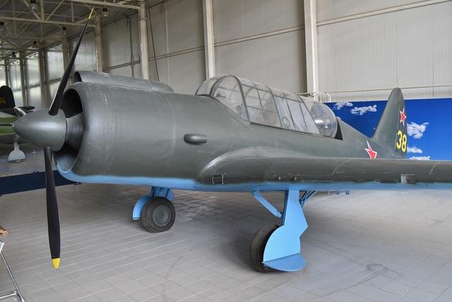 """80 năm kiến tạo những """"huyền thoại"""" bầu trời của tập đoàn Sukhoi  - 1"""