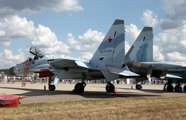 """80 năm kiến tạo những """"huyền thoại"""" bầu trời của tập đoàn Sukhoi  - 5"""