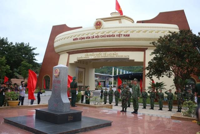 Lực lượng vũ trang Việt Nam - Lào tuần tra song phương trên tuyến biên giới - 1