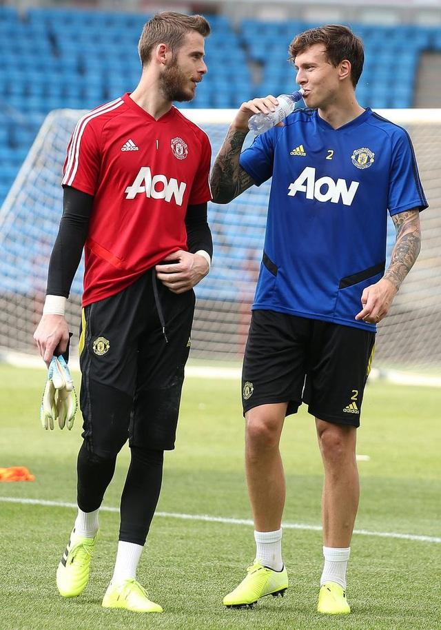 Man Utd luyện công ở Na Uy chờ con trai của Ole Solskjaer - 10