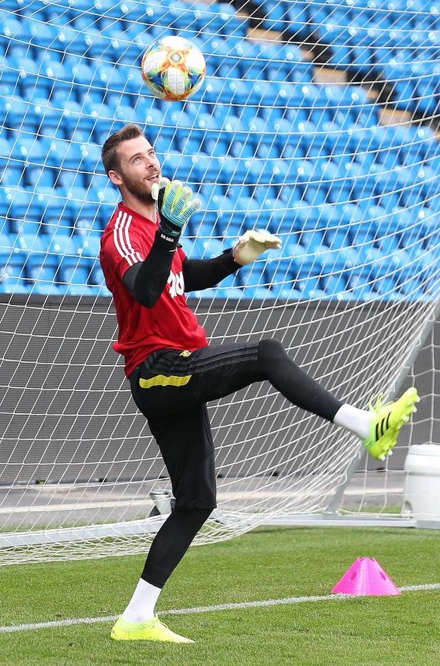 Man Utd luyện công ở Na Uy chờ con trai của Ole Solskjaer - 12