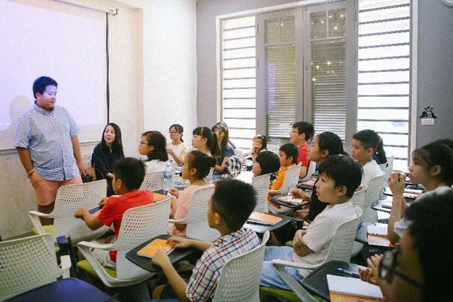 Lớp học Thuyết trình tiếng Anh cùng Đỗ Nhật Nam: Cho đi tri thức, nhận lại yêu thương - 1
