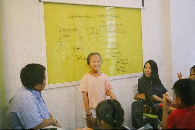 Lớp học Thuyết trình tiếng Anh cùng Đỗ Nhật Nam: Cho đi tri thức, nhận lại yêu thương - 3