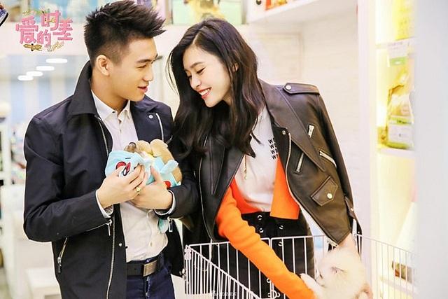 """Thiên thần Victoria's Secret đã mang thai với thiếu gia """"Vua sòng bạc Macau"""" - 5"""