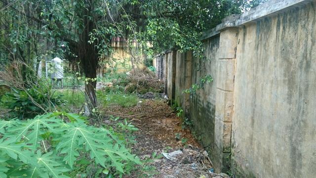 Người dân lo lắng vì nhà máy nước sạch nằm gần nghĩa trang, cạnh nhà xác - 7