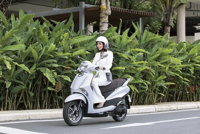 Yamaha Latte mê hoặc phụ nữ hiện đại bởi vẻ sang trọng và sành điệu - 4
