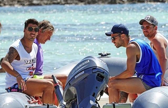 Messi chơi sang với chuyến nghỉ dưỡng trên siêu du thuyền - 3