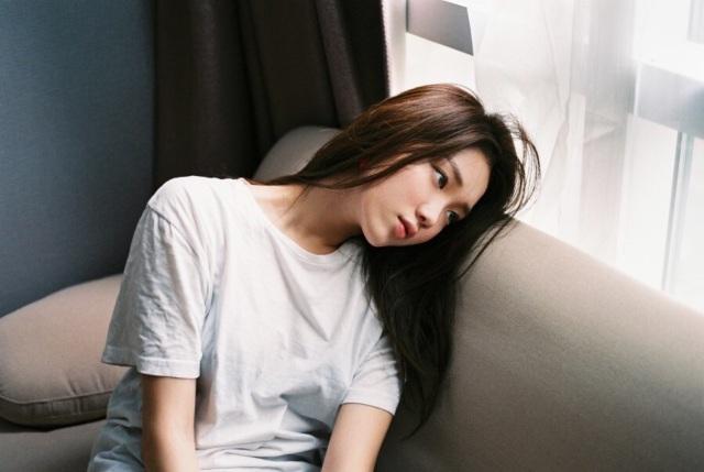 Phụ nữ dễ bị rối loạn kinh nguyệt vì chiều chồng quá sớm sau khi sinh - 1