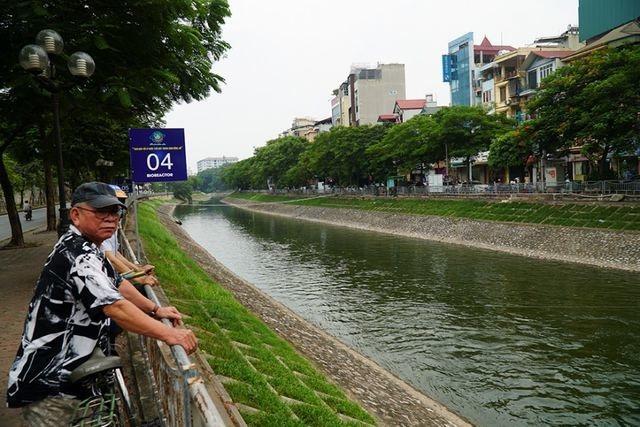 Hà Nội tiếp tục mở cửa xả nước hồ Tây ra sông Tô Lịch - 1