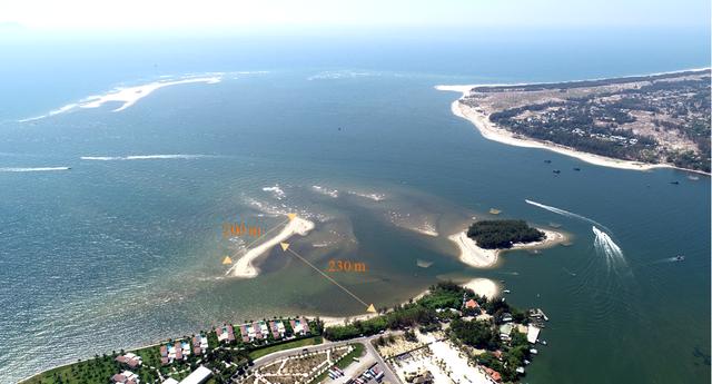 Hạ nguồn sông Thu Bồn bị sụt lún bất thường
