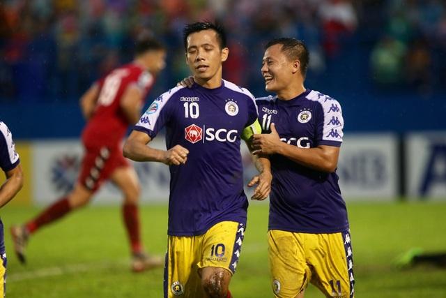 Bình Dương 0-1 CLB Hà Nội: Văn Quyết ghi bàn - 3