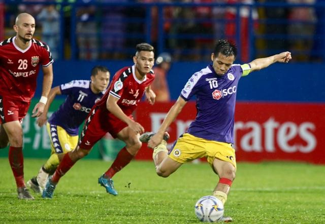 Bình Dương 0-1 CLB Hà Nội: Văn Quyết ghi bàn - 2