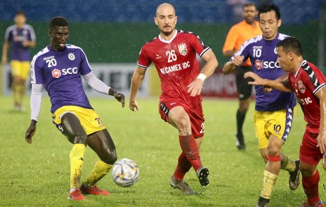 Bình Dương 0-1 CLB Hà Nội: Văn Quyết ghi bàn - 1