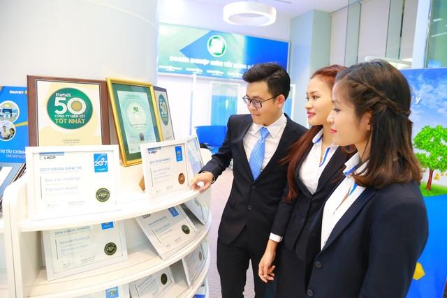 Tập đoàn Bảo Việt tiếp tục giữ vị trí số 1 trong lĩnh vực bảo hiểm nhân thọ và phi nhân thọ - 2
