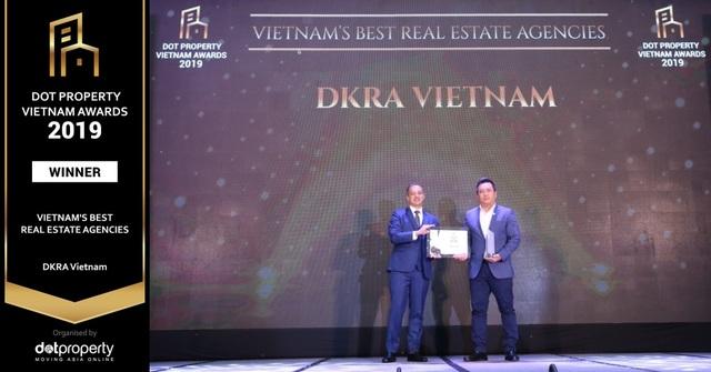"""DKRA Vietnam lập cú hat-trick giải thưởng """"Nhà phân phối Bất động sản tốt nhất Việt Nam"""" - 2"""