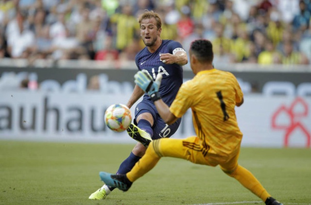 Real Madrid 0-1 Tottenham: HLV Zidane nối tiếp chuỗi ngày thất vọng - 3