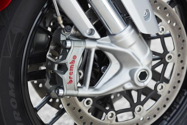 Triumph gây choáng với Rocket dung tích 2.500cc - 17