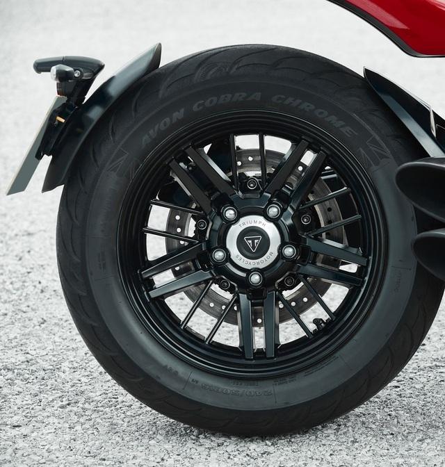 Triumph gây choáng với Rocket dung tích 2.500cc - 14
