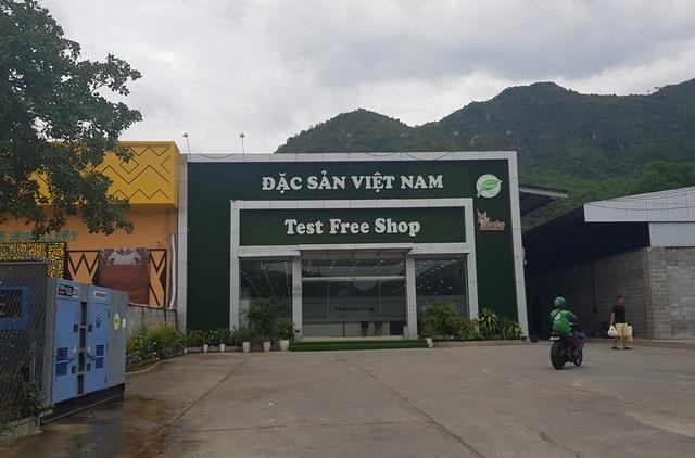 """Nha Trang: Xử lý hàng loạt điểm bán hàng """"khép kín"""" cho khách Trung Quốc - 3"""