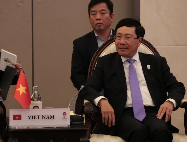 Phó Thủ tướng nêu việc Trung Quốc xâm phạm nghiêm trọng bãi Tư Chính tại Hội nghị ASEAN - 1