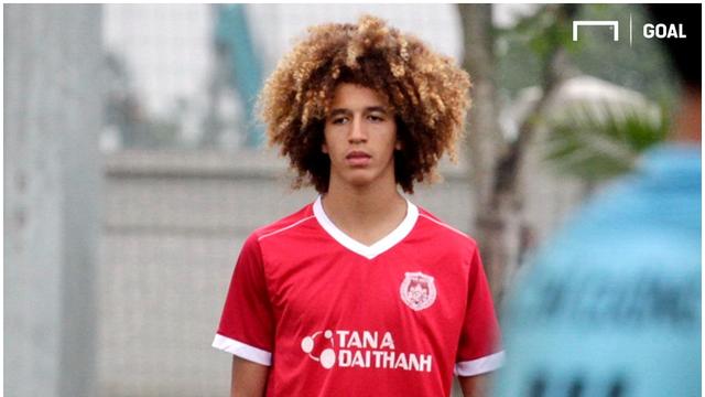 MU sắp chiêu mộ cầu thủ trẻ từng tập luyện tại… Việt Nam - 1